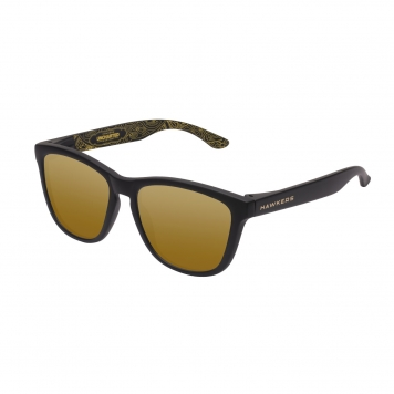 Uncharted  Carbon Vegas Gold
